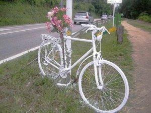 Bicicleta blanca / Bicicleta fantasma